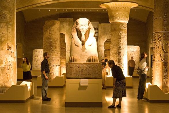 penn-museum-sphinx-eygpt